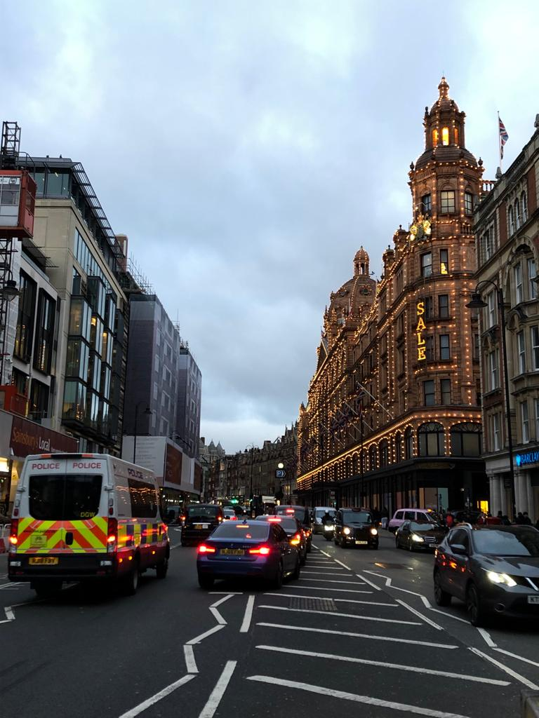 Fare il cameriere a Londra, e altre storie dal centro dell'Europa